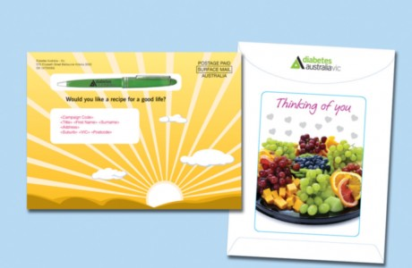 Graphics design for the Diabetes Australia – Victoria mail pack featured a heavy-weight outer envelope with a sunrise on the front and a large window on the back, revealing a set of fresh-looking gift cards.